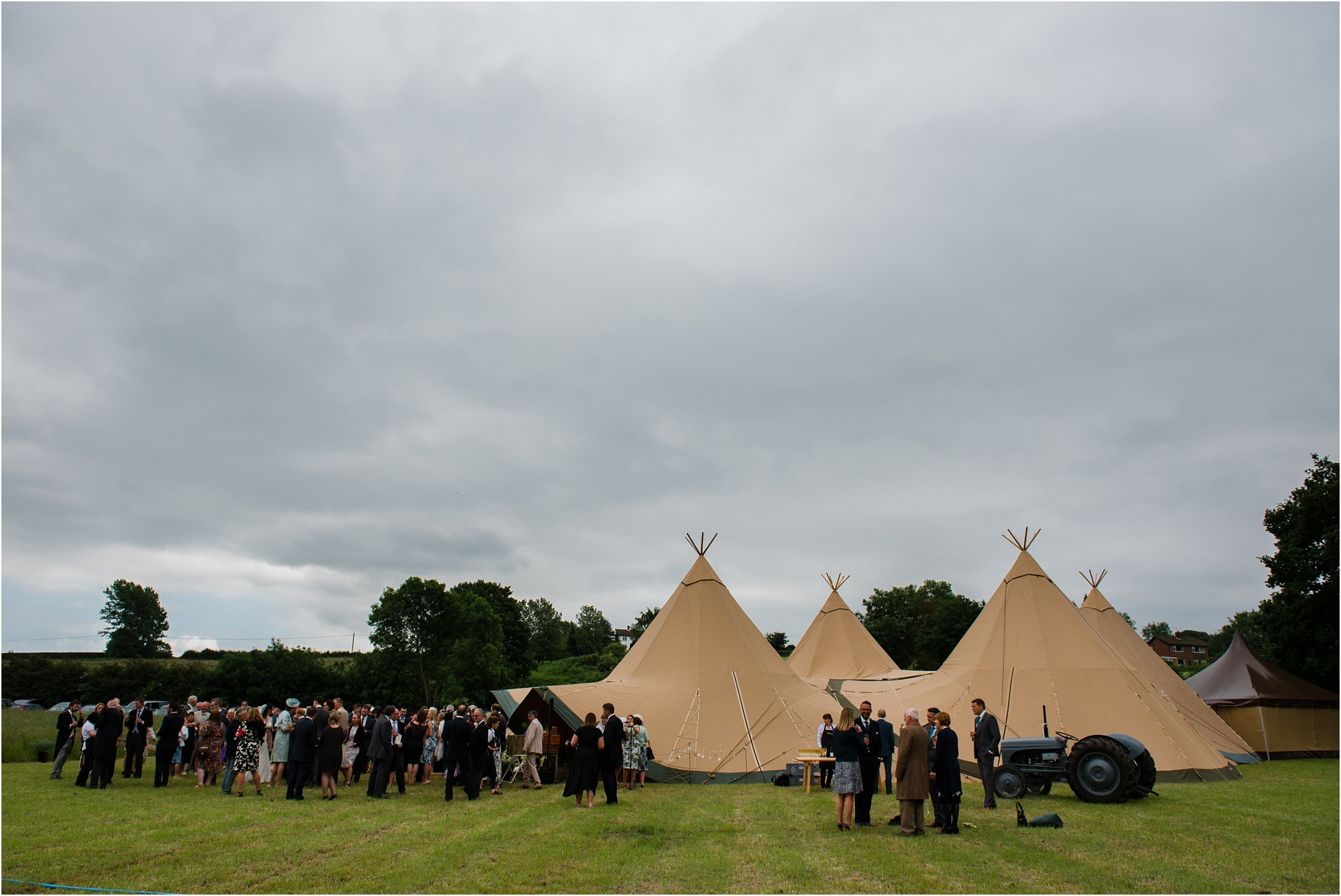 tipi-wedding-photography_0040