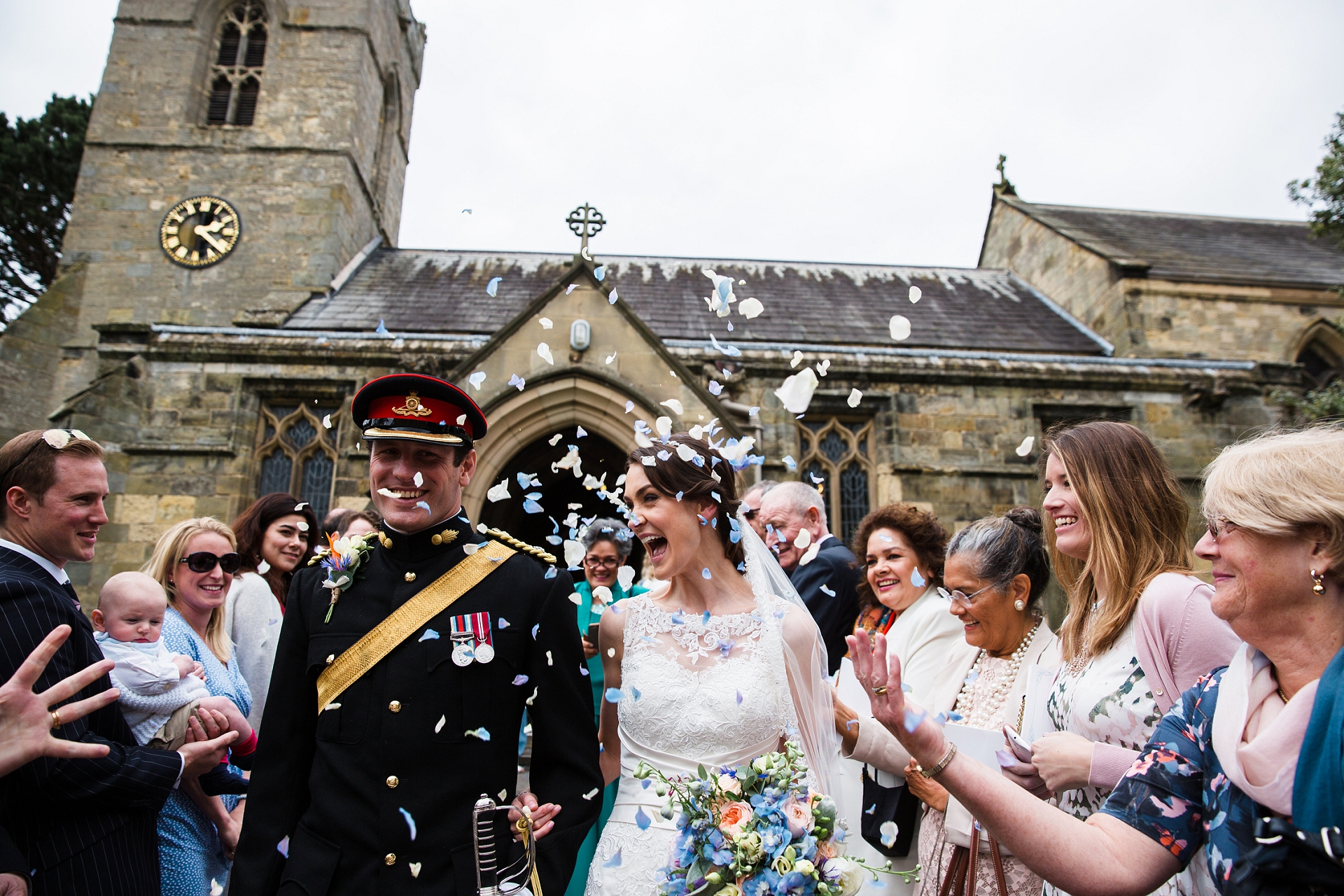 wedding photography confetti shot