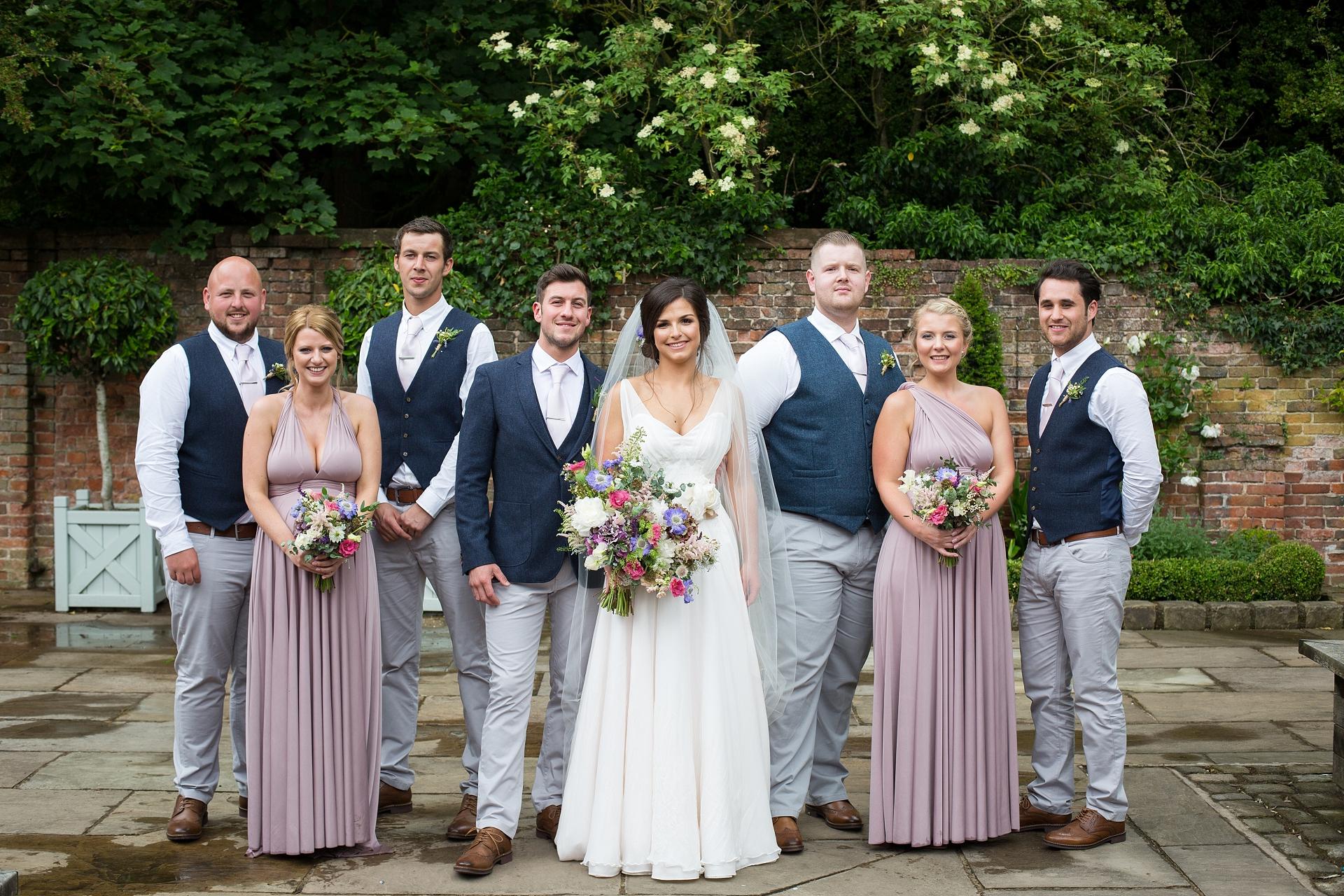 wedding group shots helen king photography
