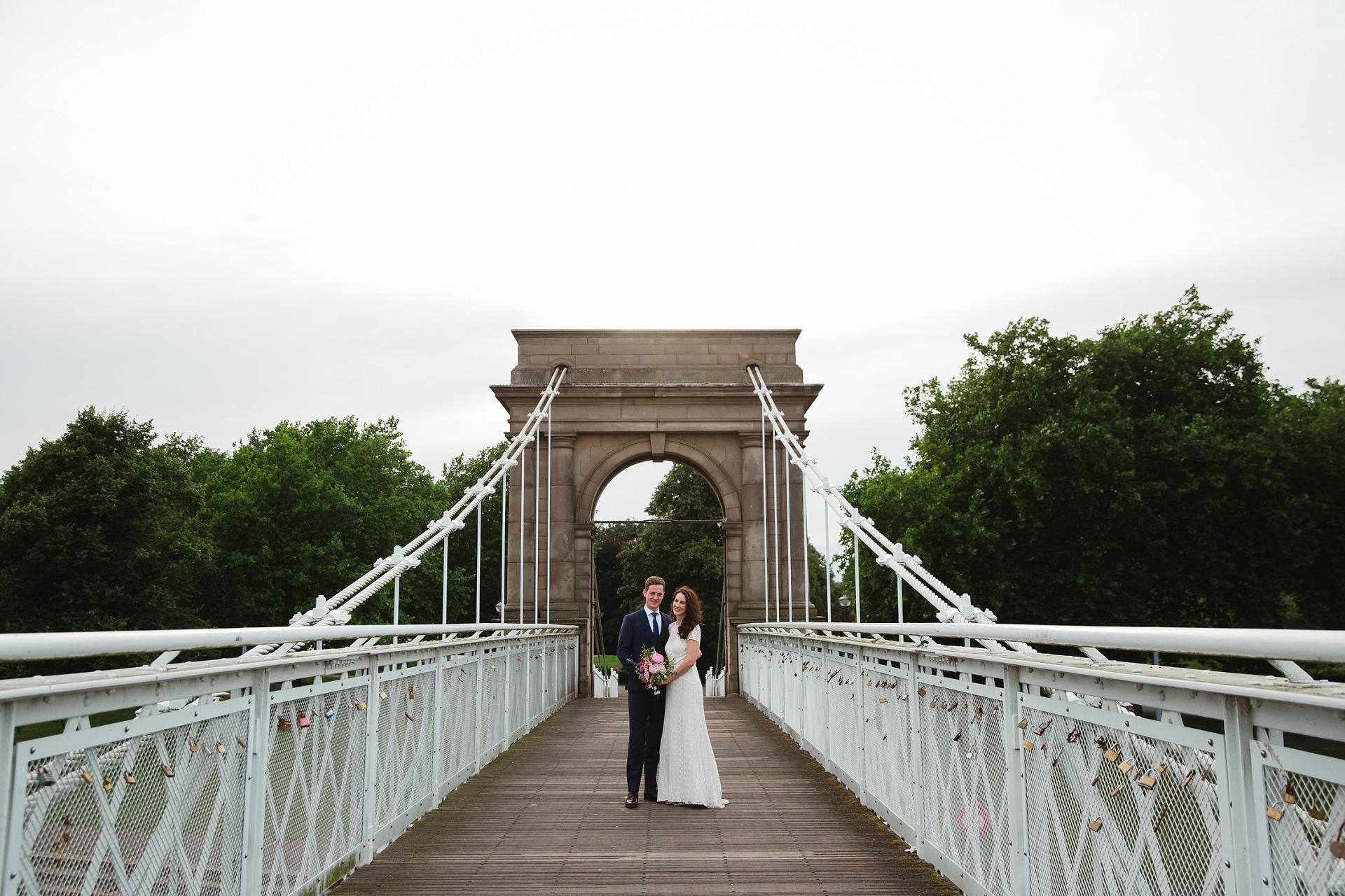 couple portraits Nottingham trent Embankment