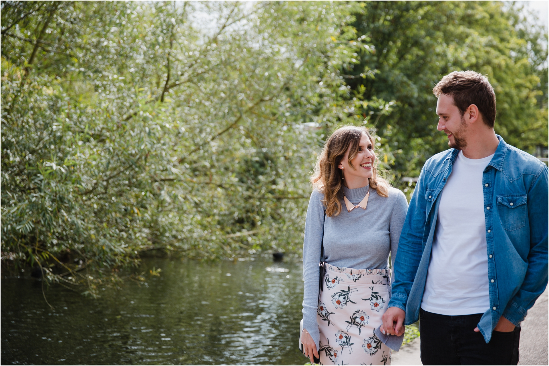 natural, relaxed and fun engagement photos