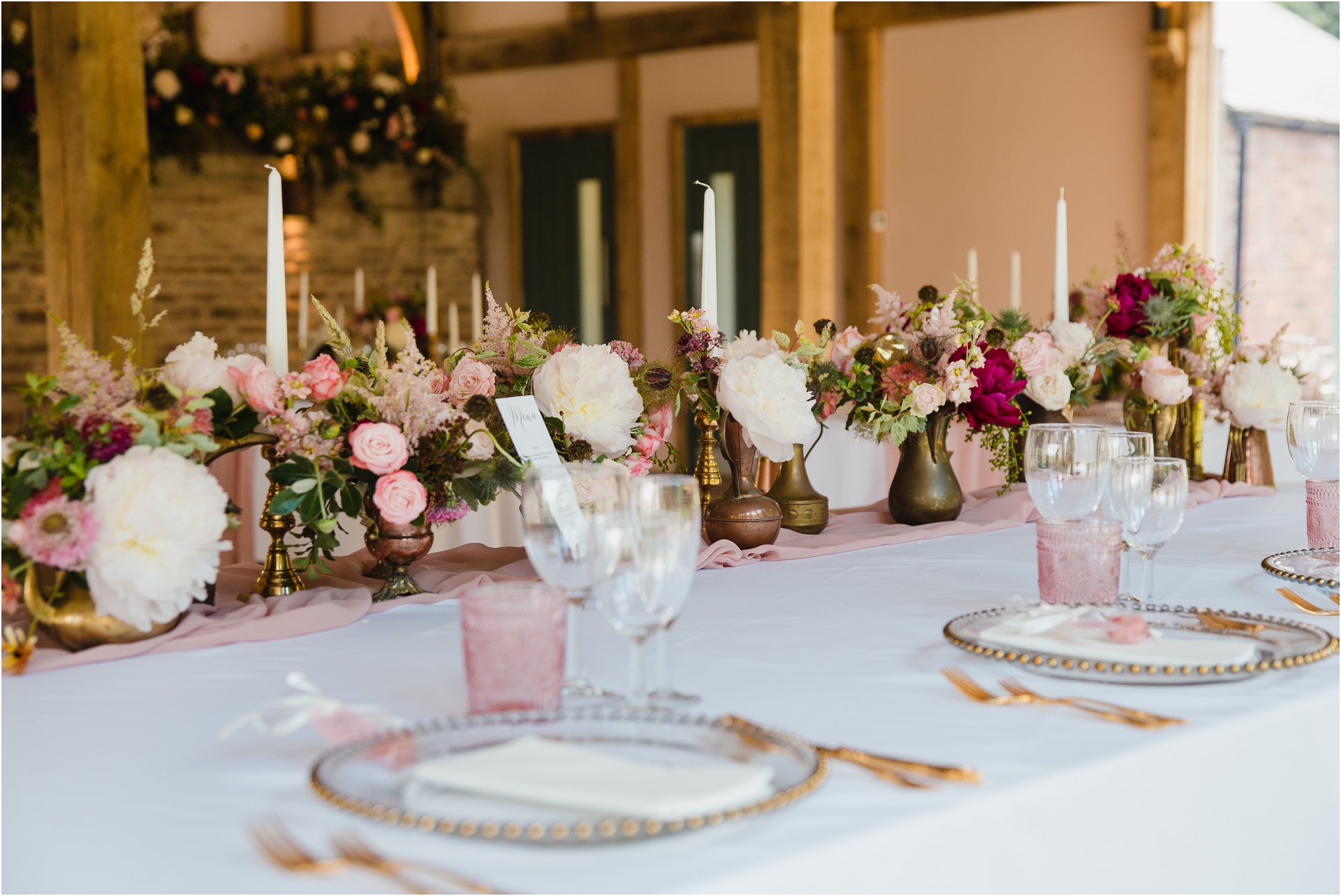 gold and rose inspired wedding decor