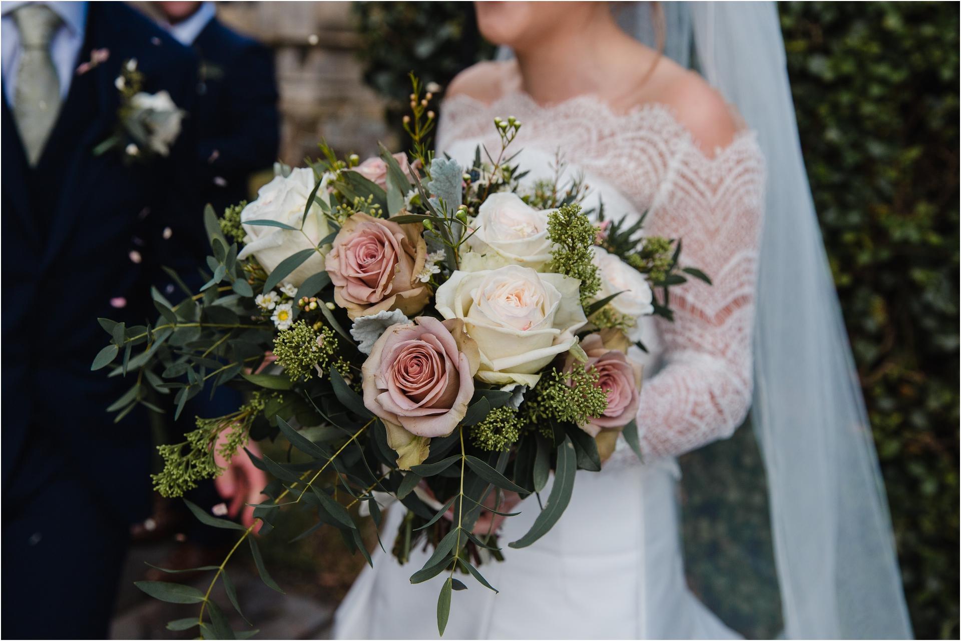 dusty pink autumn wedding bouquet