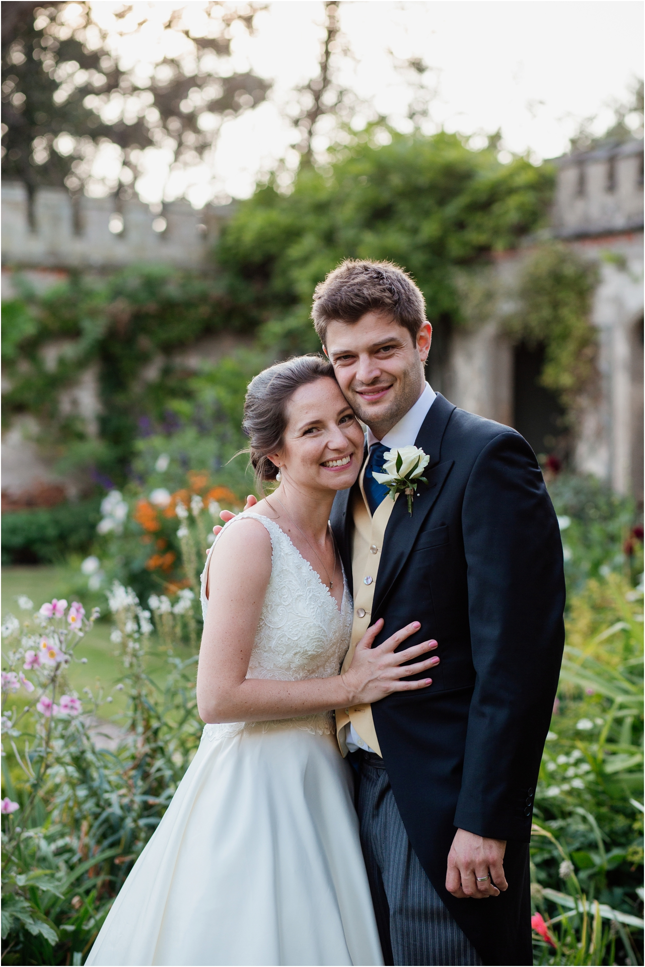 couple portraits at Holme Pierrepont Hall