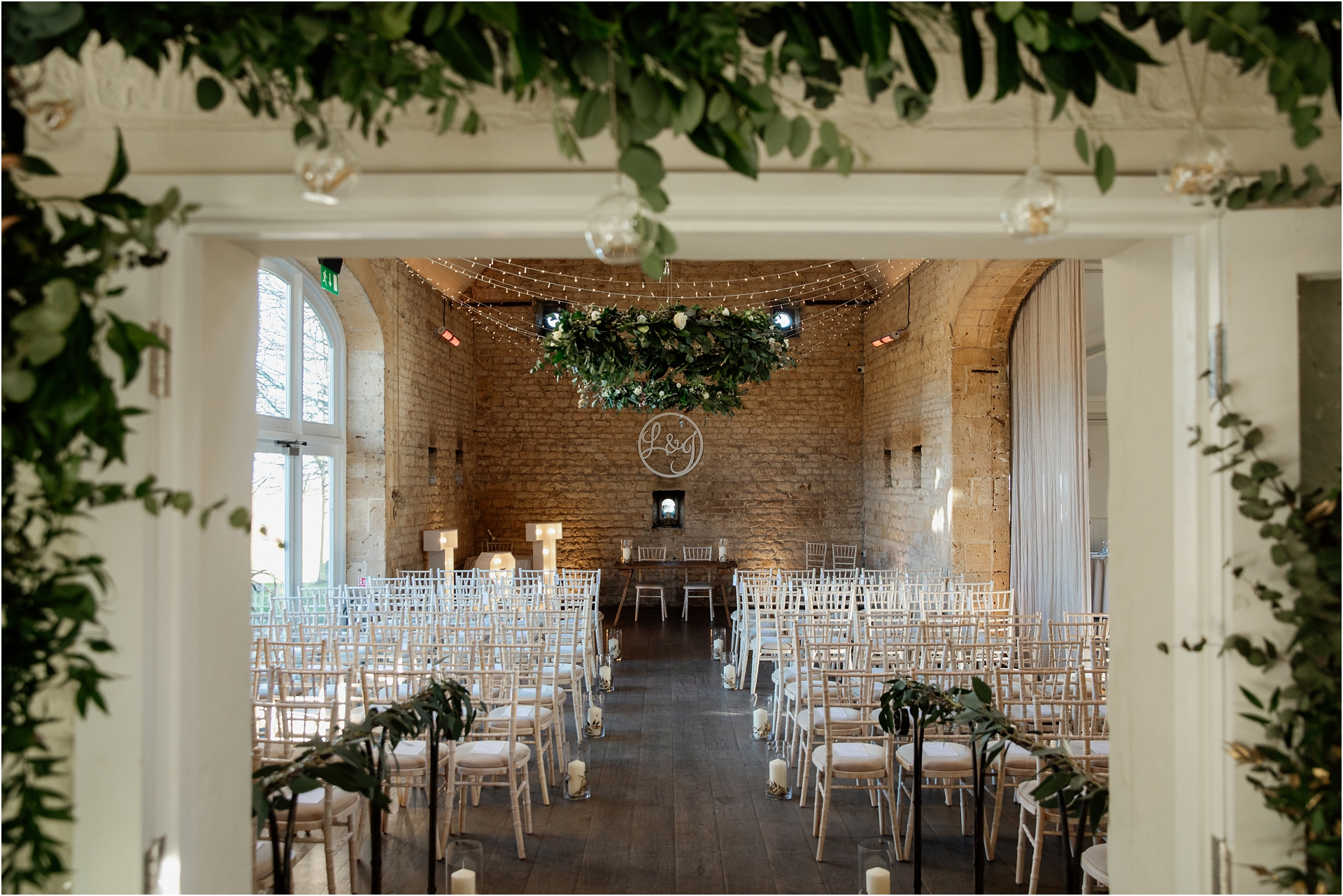 Lapstone Barn winter wedding