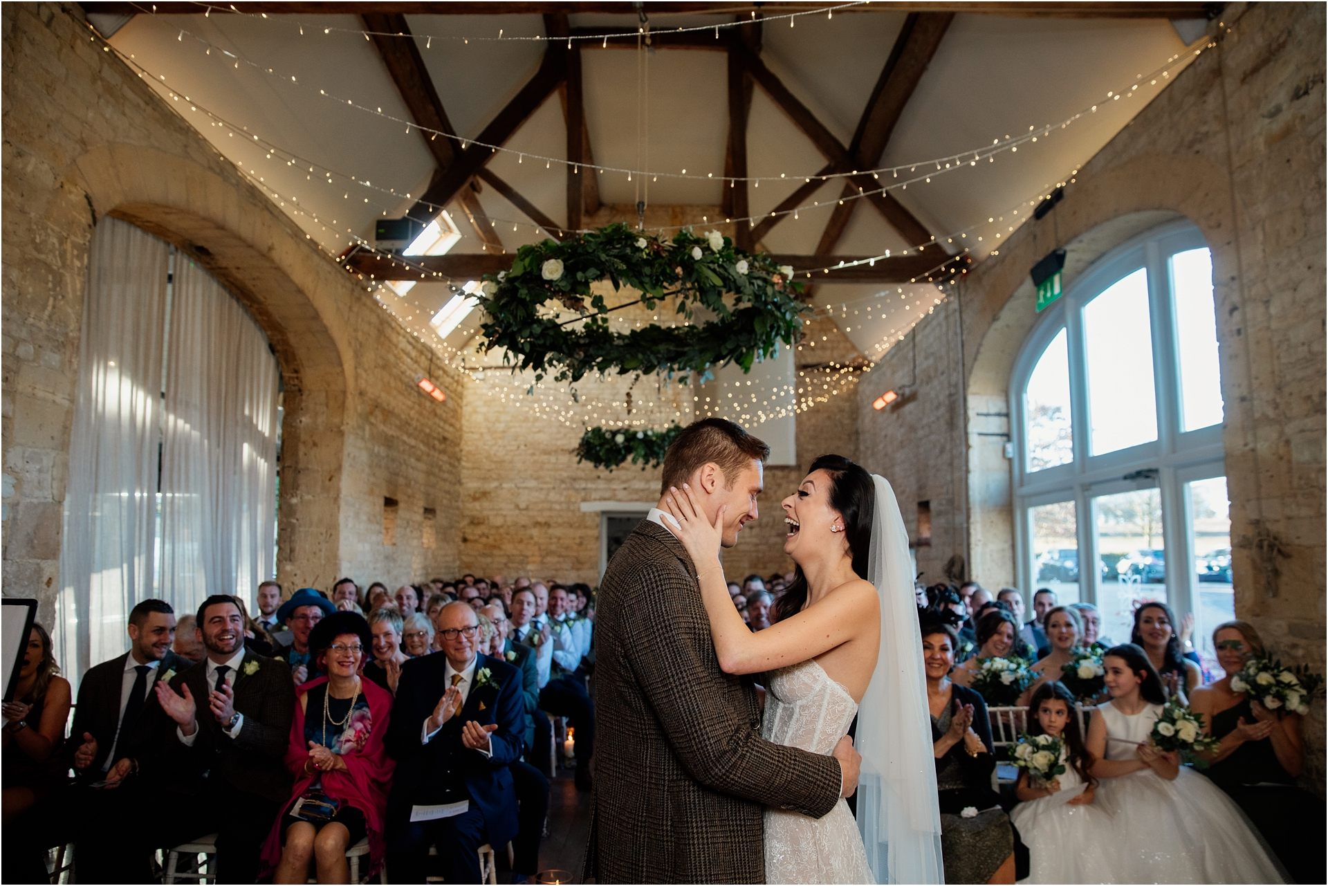 Lapstone Barn wedding ceremony