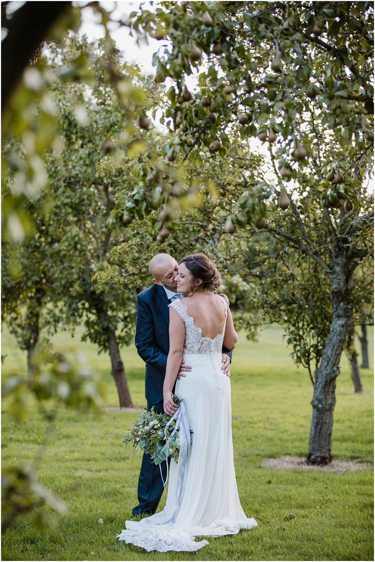 Golden hour at Norwood Park wedding